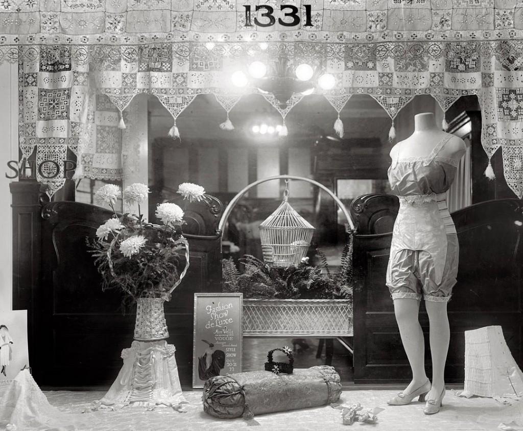 Wells-Corset-Shop-1920