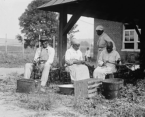 "A 1920 photo titled ""Slave Story."" (Via National Photo Company Collection/Library of Congress)"