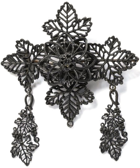This leafy brooch is thought to have been designed by Johann Conrad Geiss. Photo via the Victoria and Albert Museum.