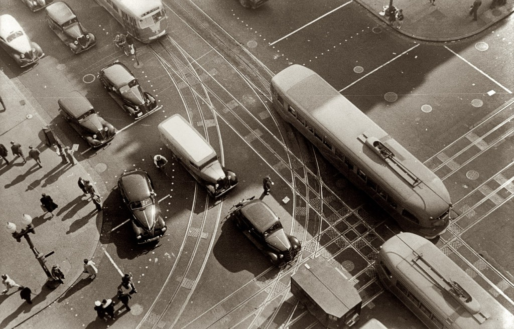 An aerial view from 1939 of 14th Street and Pennsylvania Avenue, in Washington, D.C., shows early street markings. Via shorpy.com.