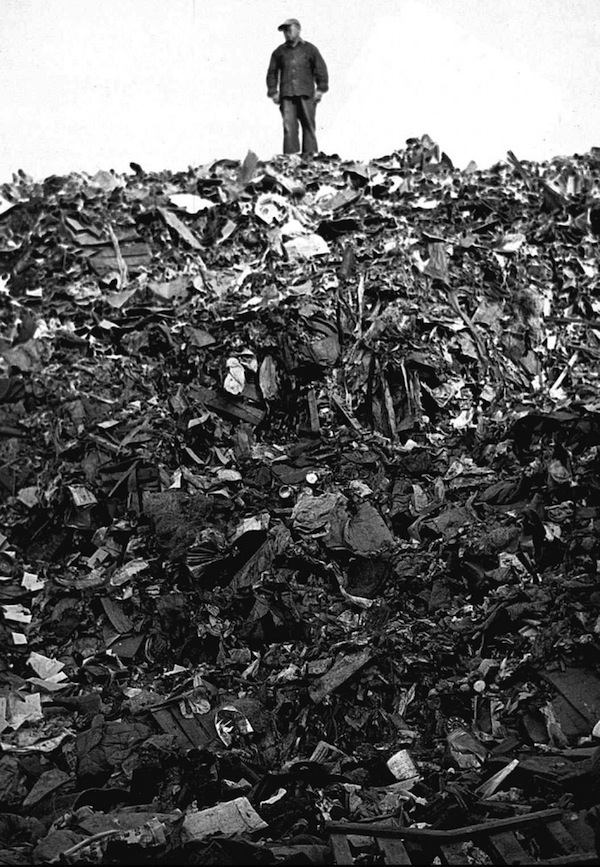 A view of Fresh Kills landfill on Staten Island, New York, circa 1950. The dump ground closed in 2001.