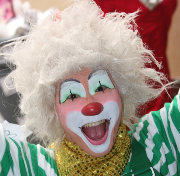 Yoshifumi Ogura, a winner at the 2010 World Clown Association Convention, wears traditional auguste makeup. (Via WorldClown.com)