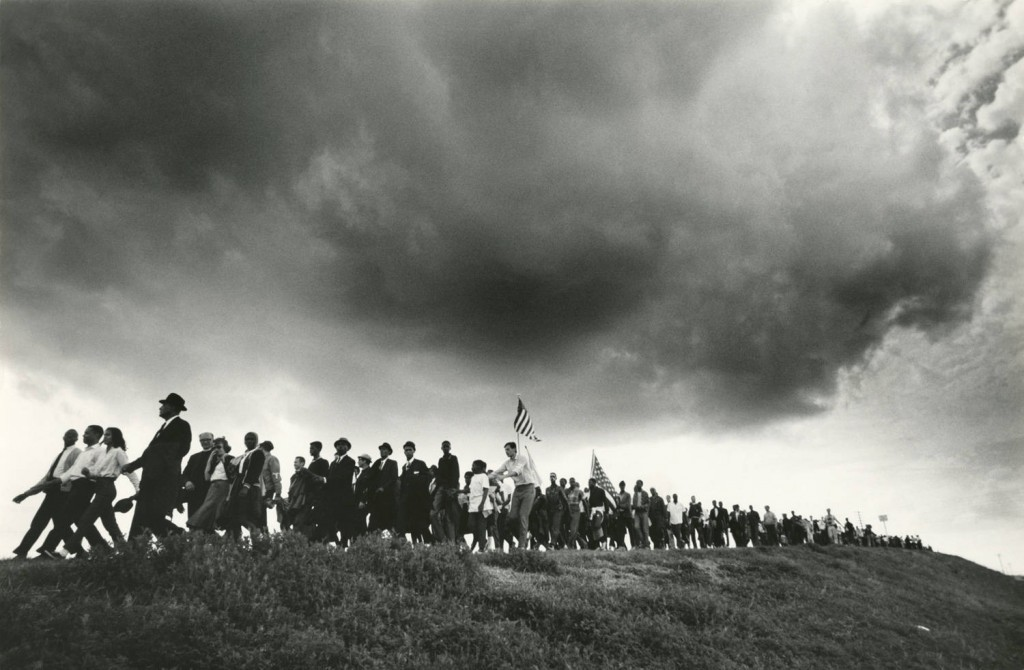 An iconic photo of the 1965 march from Selma to Montgomery by James Karales. © The Estate of James Karales, courtesy of Mrs. Monica Karales.