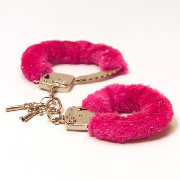 BR_handcuffs