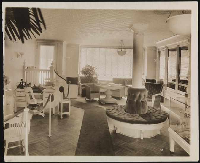 The interior of Lelia and Madam Walker's beauty salon in their townhouse on 136th Street in Harlem. Image via the Museum of the City of New York.