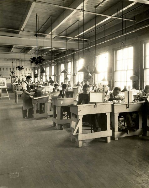 The retouching department at Teich & Co., circa 1930s. Courtesy Lake County (IL) Discovery Museum, Curt Teich Postcard Archives.