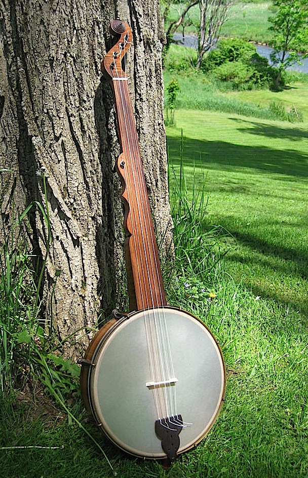 Re-creation by Jim Hartel of the Boucher banjo from around 1850.