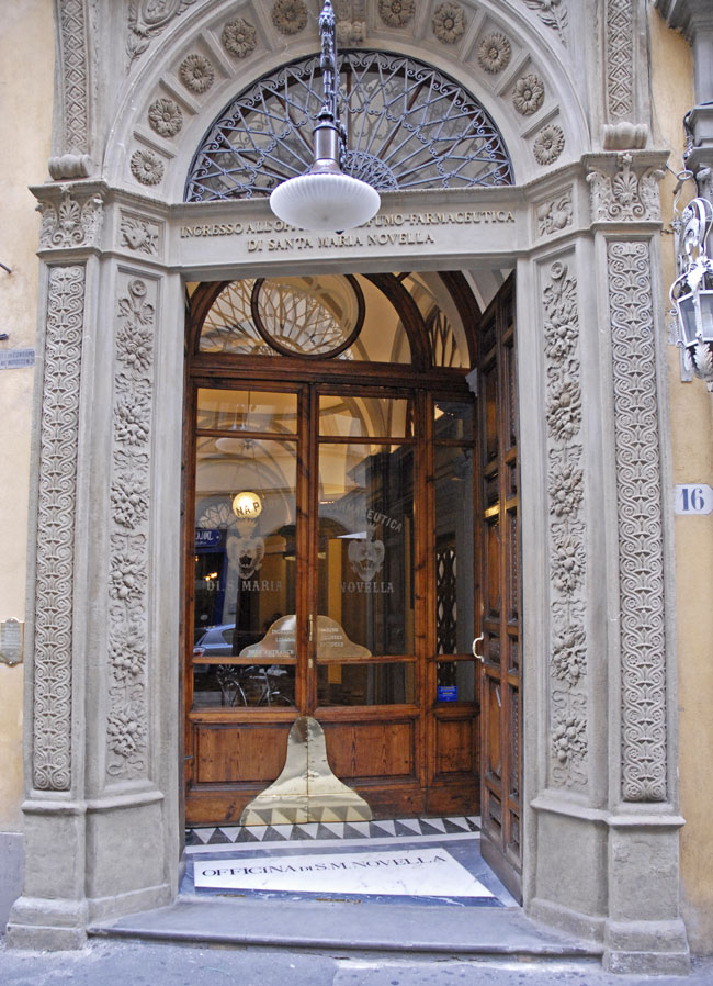 It's easy to miss the beautiful but understated main entry to Florence's oldest pharmacy amid the city's grandiose architecture.