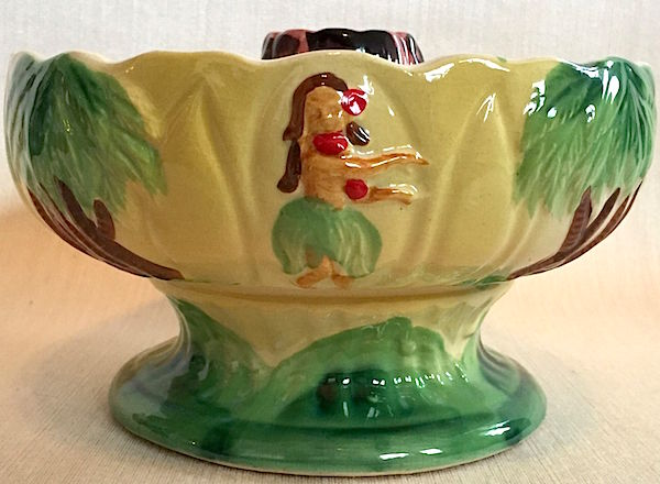 Orchids of Hawaii—a restaurant supply company based in the Bronx that distributed objects made in Japan—sold this hula-girl scorpion bowl to tiki restaurants around the United States starting in the 1960s.