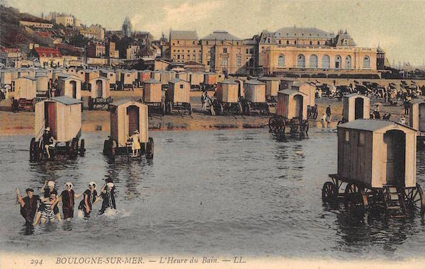 """Beach bathing huts, or """"L'Heure du Bain,"""" were popular at the beach in Boulogne-sur-Mer in Northern France. (Via eBay)"""